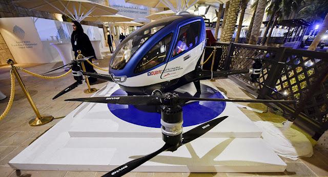 سيارة أجرة طائرة بدون طيار دبي قيادة ذاتية