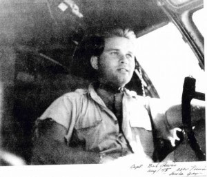 Robert Lewis (capitan - copiloto, Enola Gay)