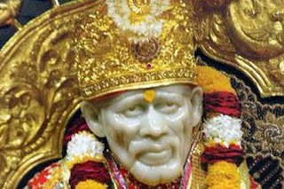 shirdi-saibaba-two-kg-gold-medallion-donation