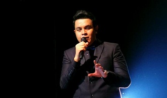 Download Lagu - SEPATU mp3 ( Tulus )