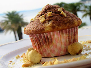Muffins with nutella and coconut
