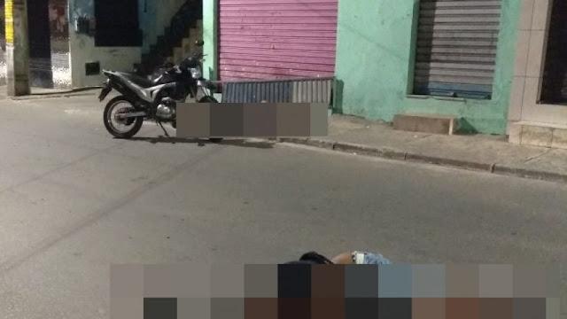 Guarda municipal e outro homem são mortos