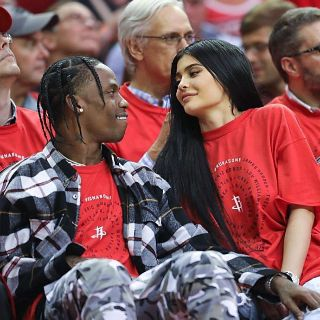 kylie-jenner-wiki-age-boyfriend-baby-net-worth-biography