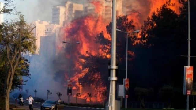 Api Terus Membakar Israel, 50 Ribu Warga Dievakuasi