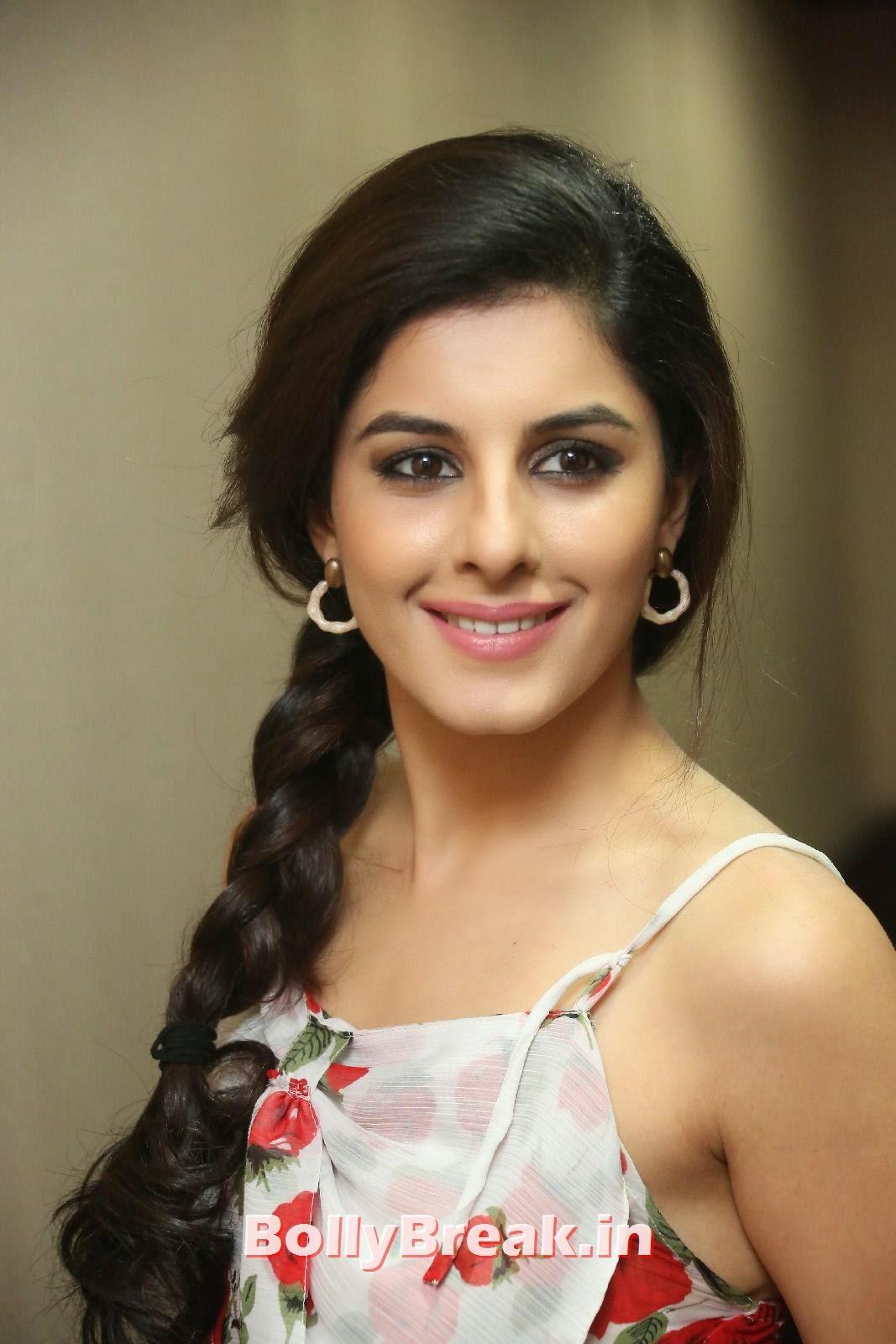Isha Talwar (12), Isha Talwar Cute Pics - Beautiful South Actress