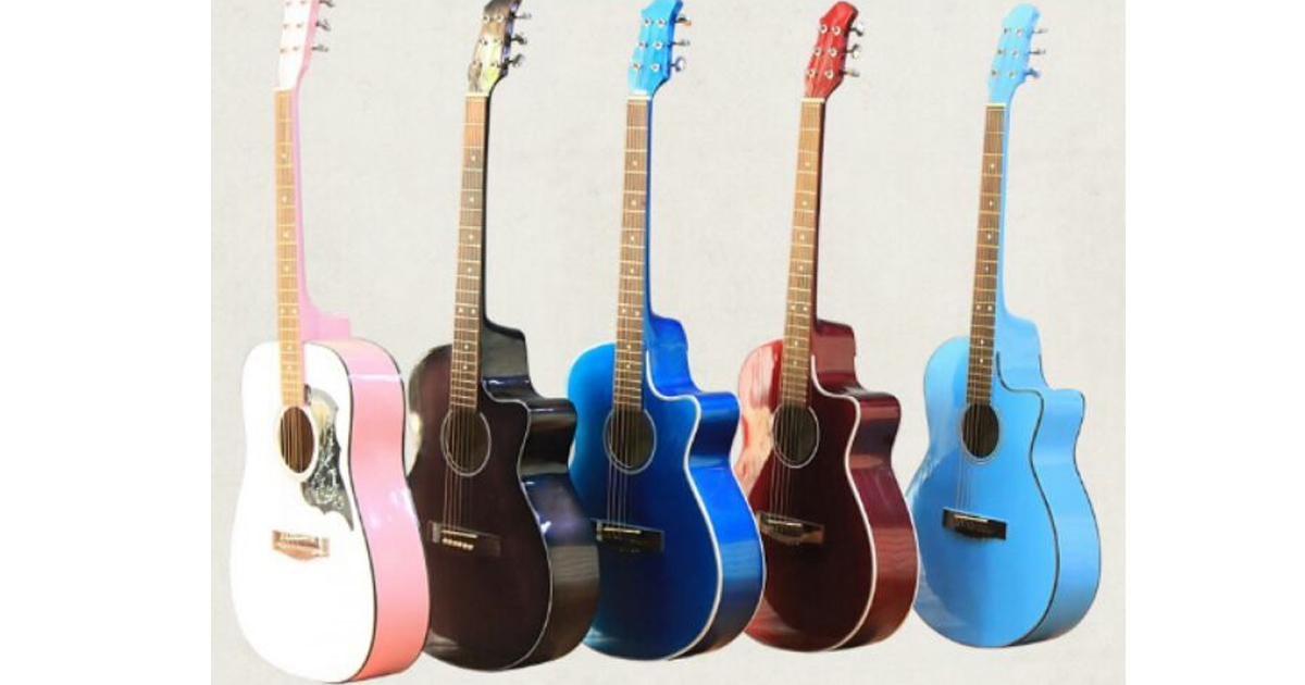 Chiếc guitar màu đỏ mận quyến rũ để bạn tự tin thể hiện cá tính