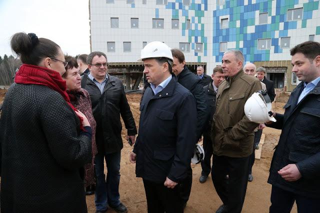 Губернатор пообщался с обманутыми дольщиками Сергиев Посад