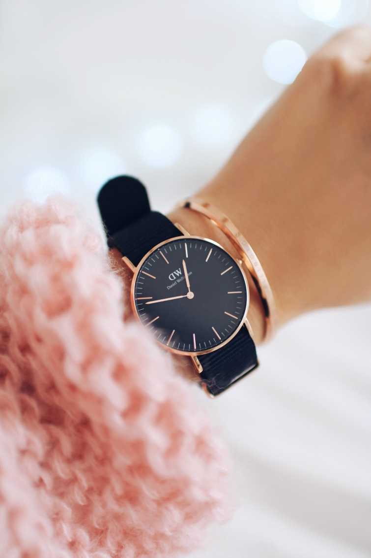 Daniel_Wellington_classic_black_Cornwall_36_mm_zegarek_cuff