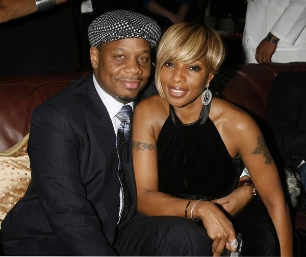 Mary J's estranged husband asks for spousal support and lawyer fees