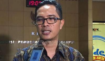 Tersangka Suap Kasus Pajak Ternyata Sudah Lama Kenal Adik Ipar Jokowi, Begini Modusnya