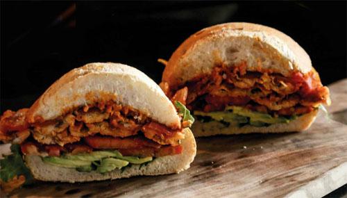 Sandwich de escabeche de pejerrey