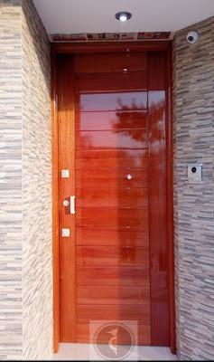 Puertas de madera en Lima