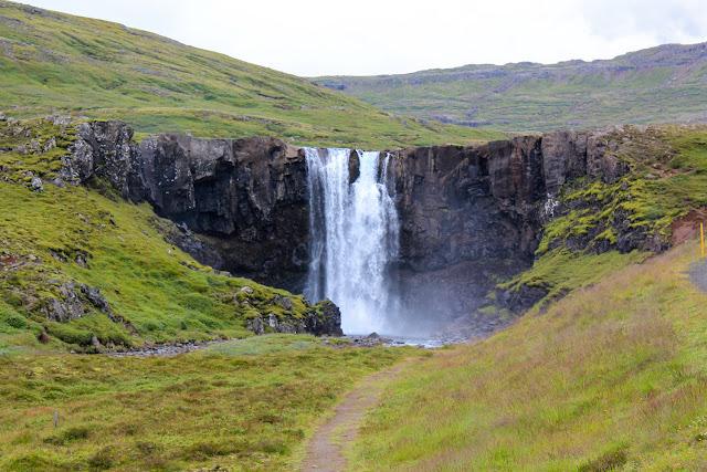 Cascada Gufufoss, cerca de Seyðisfjörður