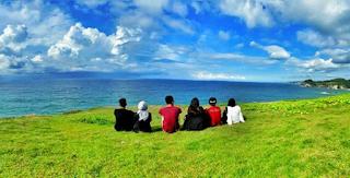 Pantai Karang Bolong Pacitan Jawa Timur