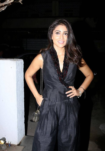 Shriya Saran Stills At Fashion Designer Rajat Tangri Studio