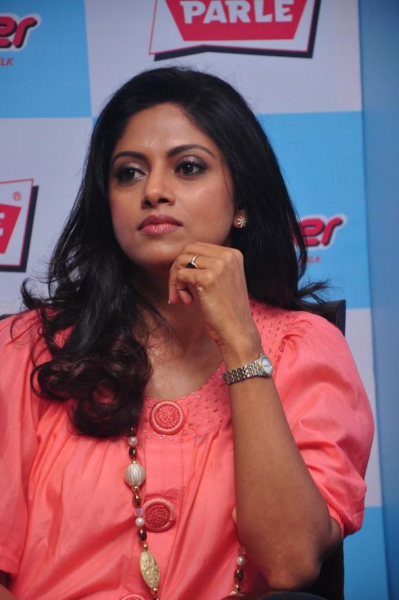 Tamil actress nadhiya hits : Suits season 4 episode 3 youtube
