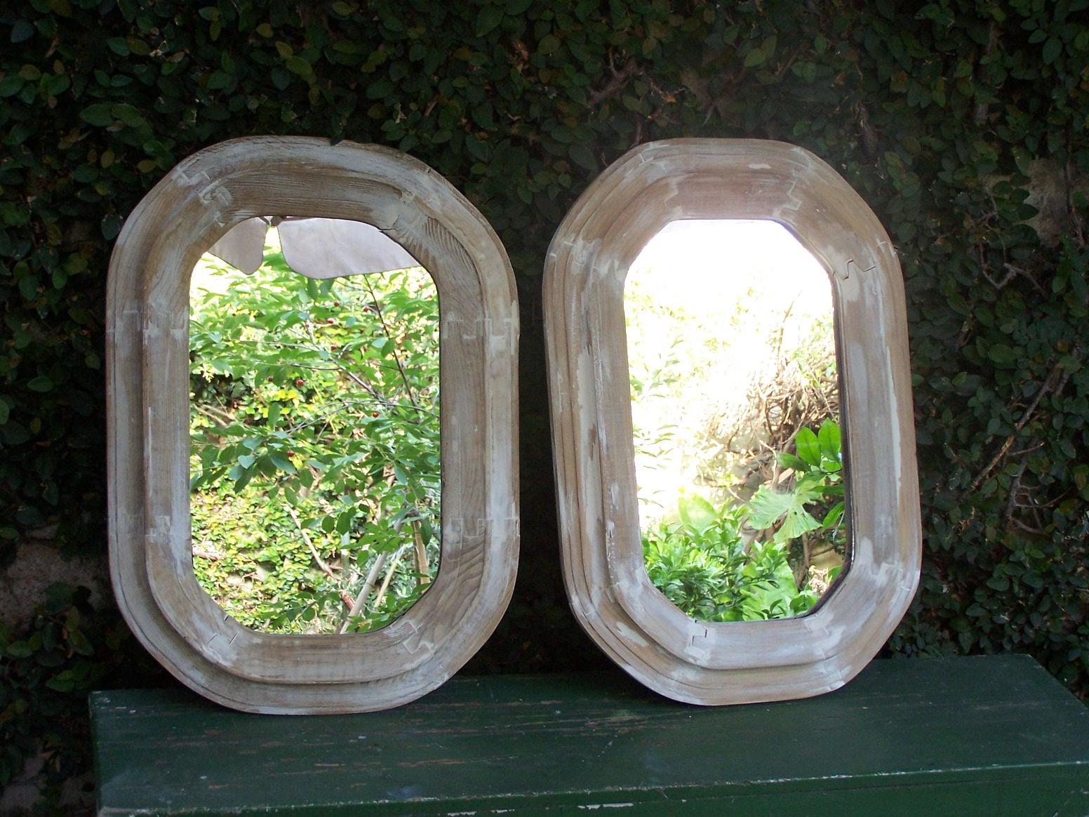 Chiribitil: Espejos en marcos octogonaesl patinados