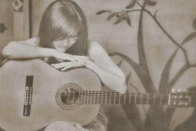 Nghe em hát, bài tình ca ngày cũ-