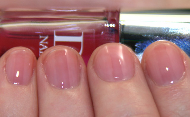 This week I m obsessed with... Dior Lip and Nail Glow!   Beauty ... d26211c7f4a