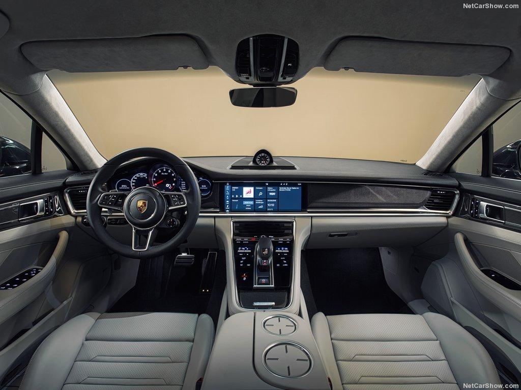 Nội thất Panamera màu kem kết hợp với gỗ quý - Xe Porsche Panamera 4S 3.0 V6 và 4.0 V8 Turbo Đời 2019 Model 2020 panamera 4s màu xanh