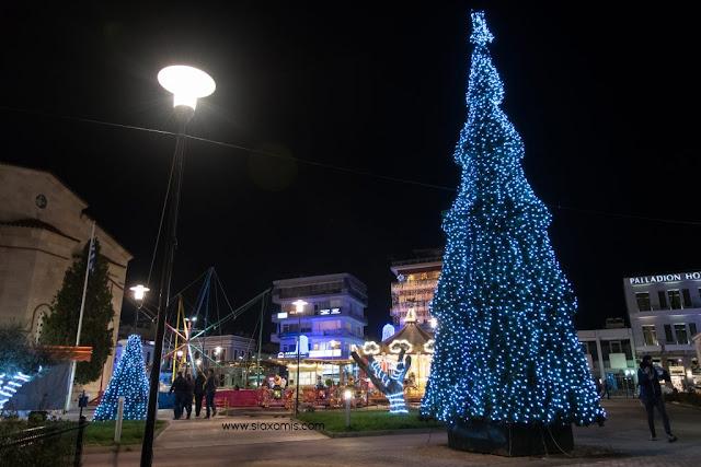 Άρτα: Αναβολή της αποψινής Φωταγώγησης του Χριστουγεννιάτικου Δένδρου