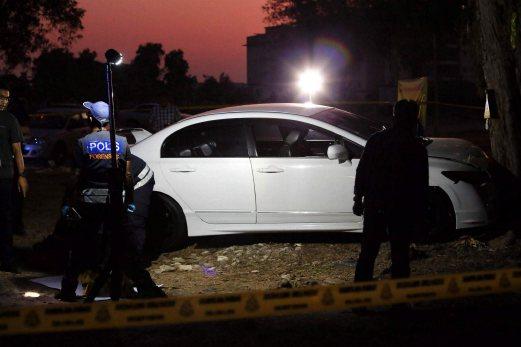 Gambar~ Penjenayah Berbalas Tembak Dengan Polis Maut, Turut Di Temui Pistol & Bom Tangan