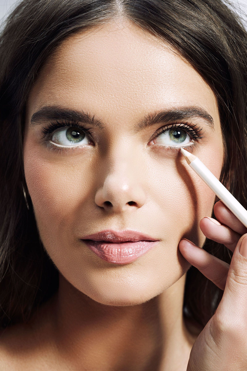 The Trick to Making Your Eyes Look Bigger