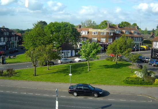 Photograph of Bradmore Green, Brookmans Park,  taken by James Bentall and released under Creative Commons BY-SA 2.0