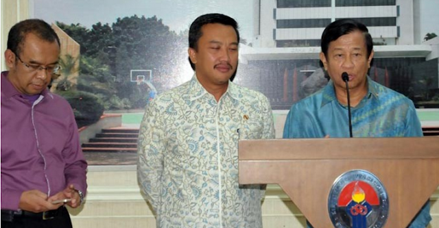 Jokowi Panggil Menpora dan Agum Gumelar Terkait PSSI