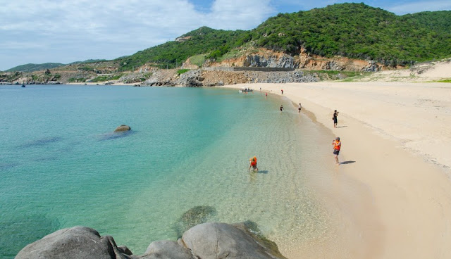 Discover top 5 most beautiful islands in Vietnam