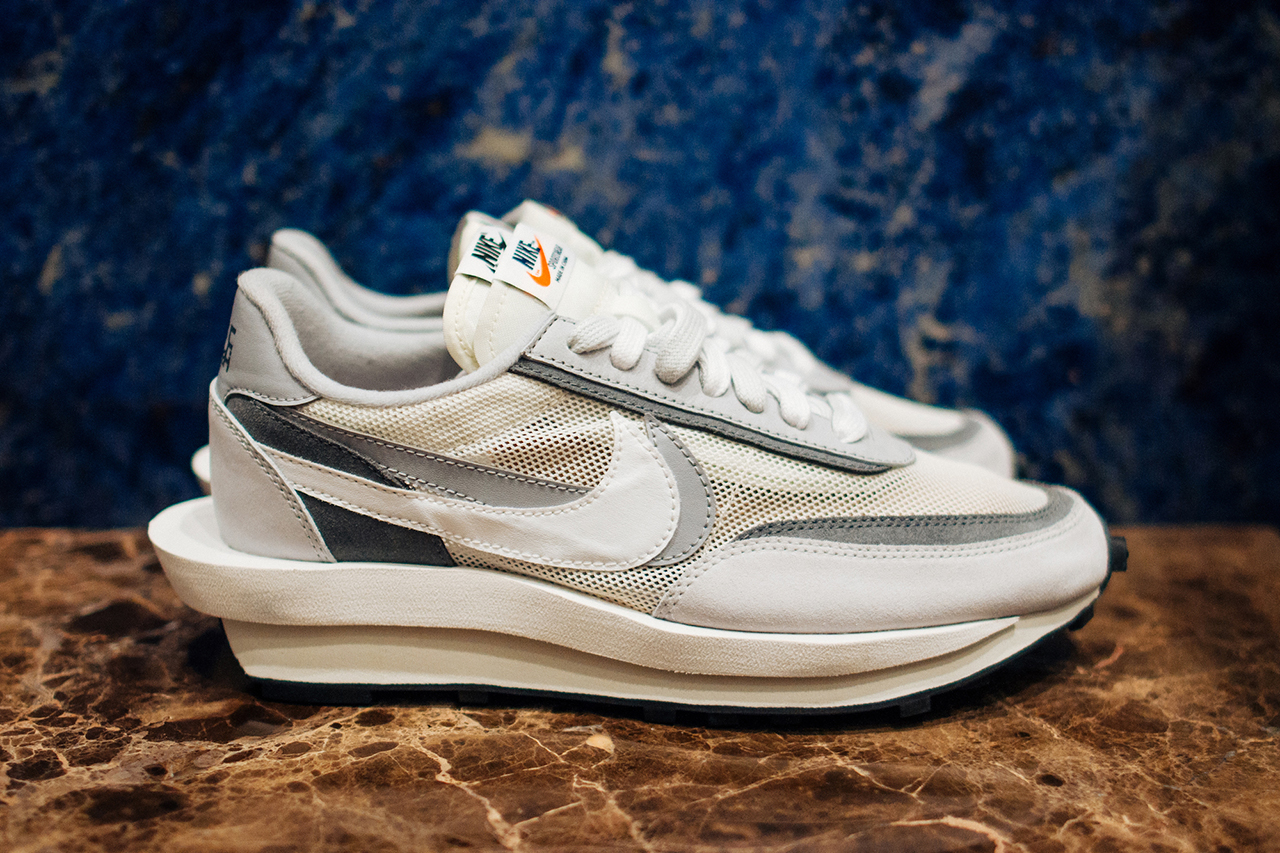 the latest 11022 24142 sacai and Nike are set to expand their collaboration with two muted  releases. The LDV Waffle Daybreak fuses together the Daybreak and Waffle  Runner ...