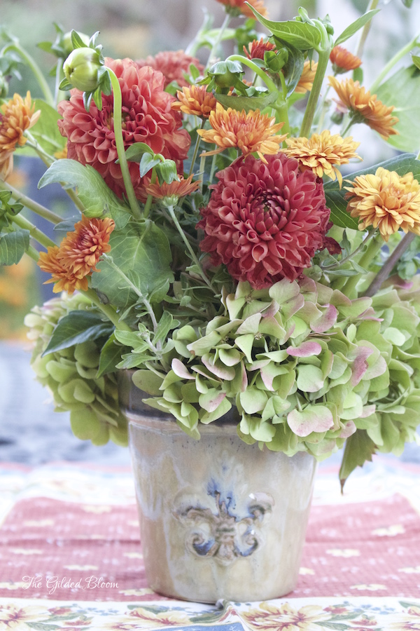 Styling an Autumn Garden Floral
