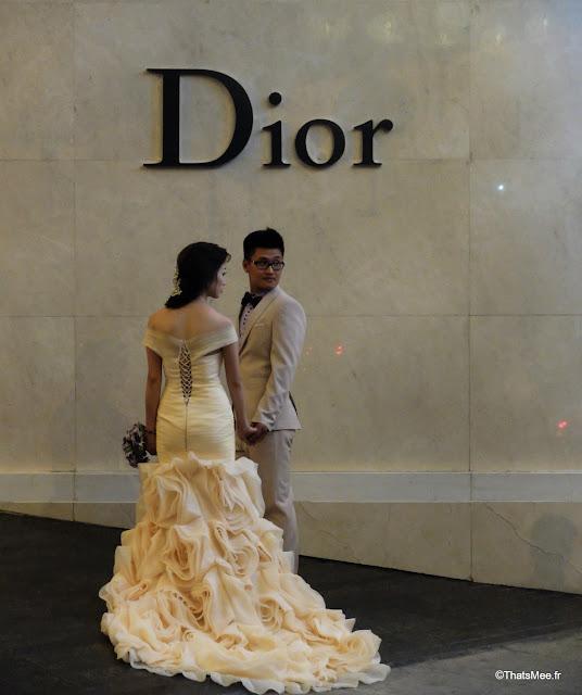 vue du vietnam jeunes mariés dior