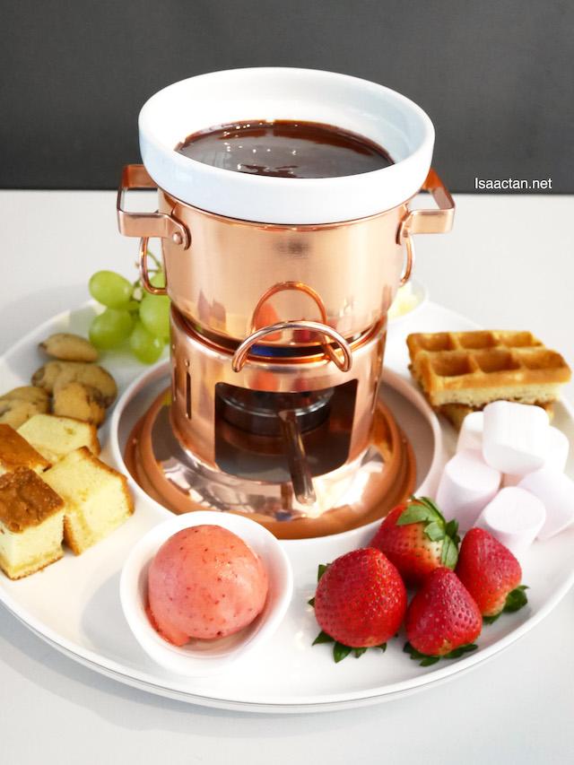 Noir Chocolate Foundue (RM 39.90)