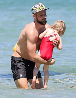 Olivier Giroud On Holiday In Saint Tropez With Family