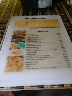 Menu di nut kopi dan laundry