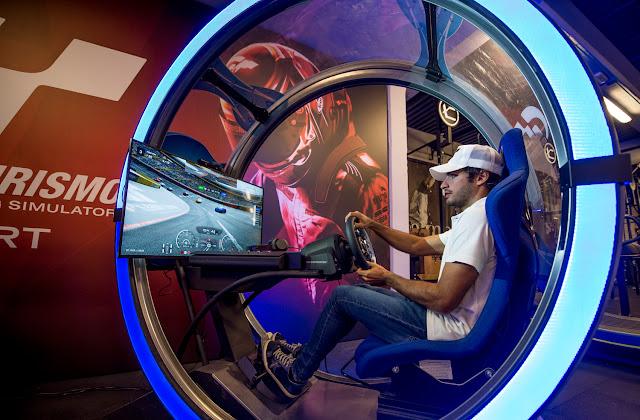 Carlos Sainz será la imagen principal de Gran Turismo Sports en España