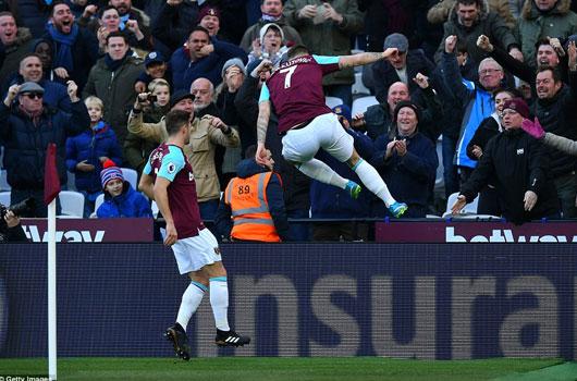 West Ham 1-0 Chelsea: Chiến quả đầu tiên của Moyes 1