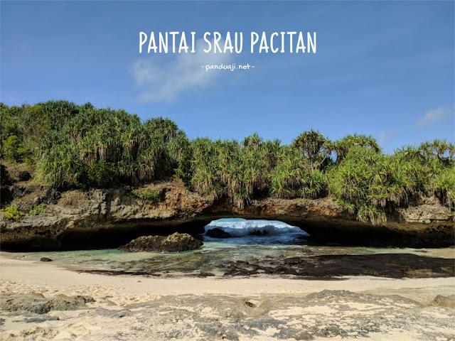 Foto Pantai Srau Pacitan