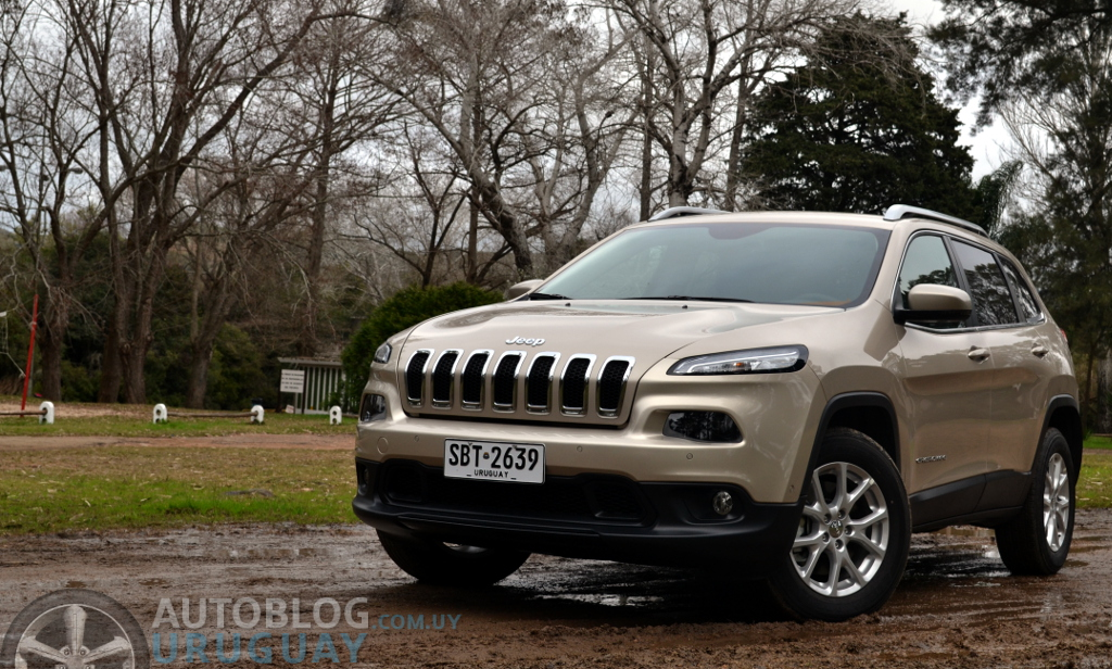 prueba jeep cherokee longitude 2 4 multiair awd a t. Black Bedroom Furniture Sets. Home Design Ideas