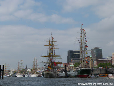 Segelschiffe Gorch Foch und Rickmer Rickmers