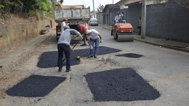 Prefeitura inicia 'Operação tapa buraco' em Pinhal