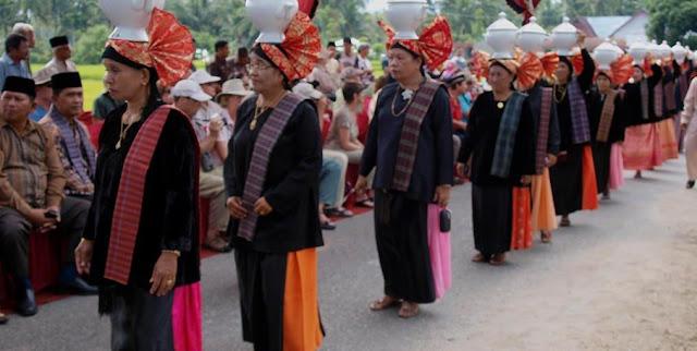Kata Pusaka Adat Minangkabau Sumatera Barat