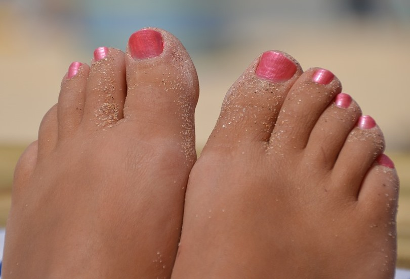 DIY Soothing Aromatherapy Foot Scrub Bare-Feet Pixabay Image
