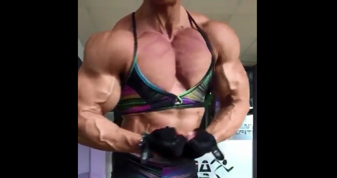 Video Beautiful Female Bodybuilder Amazing Huge Body