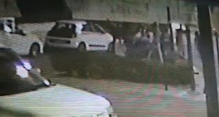 Δολοφονία μικρής Στέλλας: Βίντεο ντοκουμέντο - Είναι η στιγμή που ο πατέρας πετάει το πτώμα της στα σκουπίδια; [video]