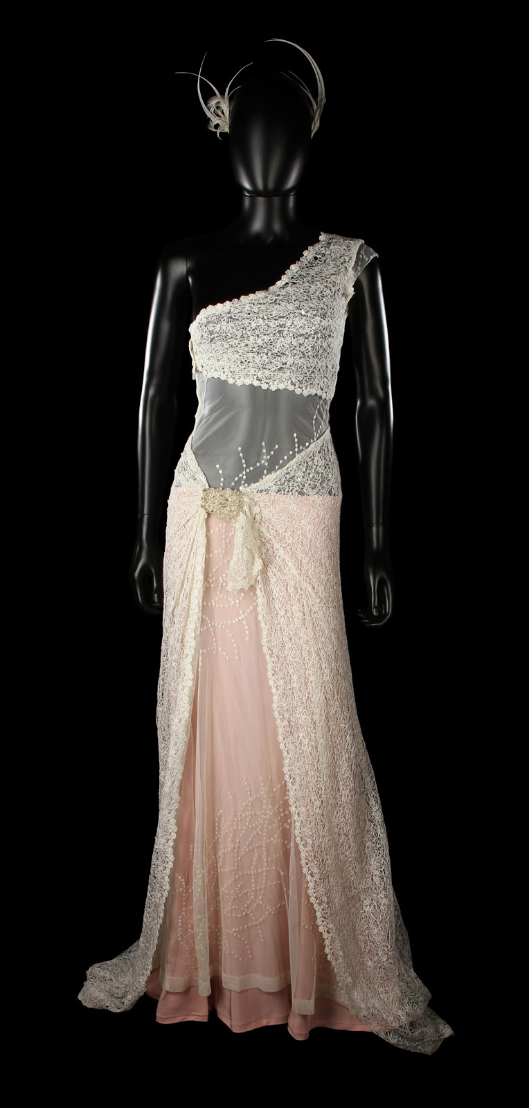 Satchel: Keira Knightley Juliet's Wedding Dress From Love
