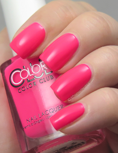 Swatch of Color Club Jackie Oh!