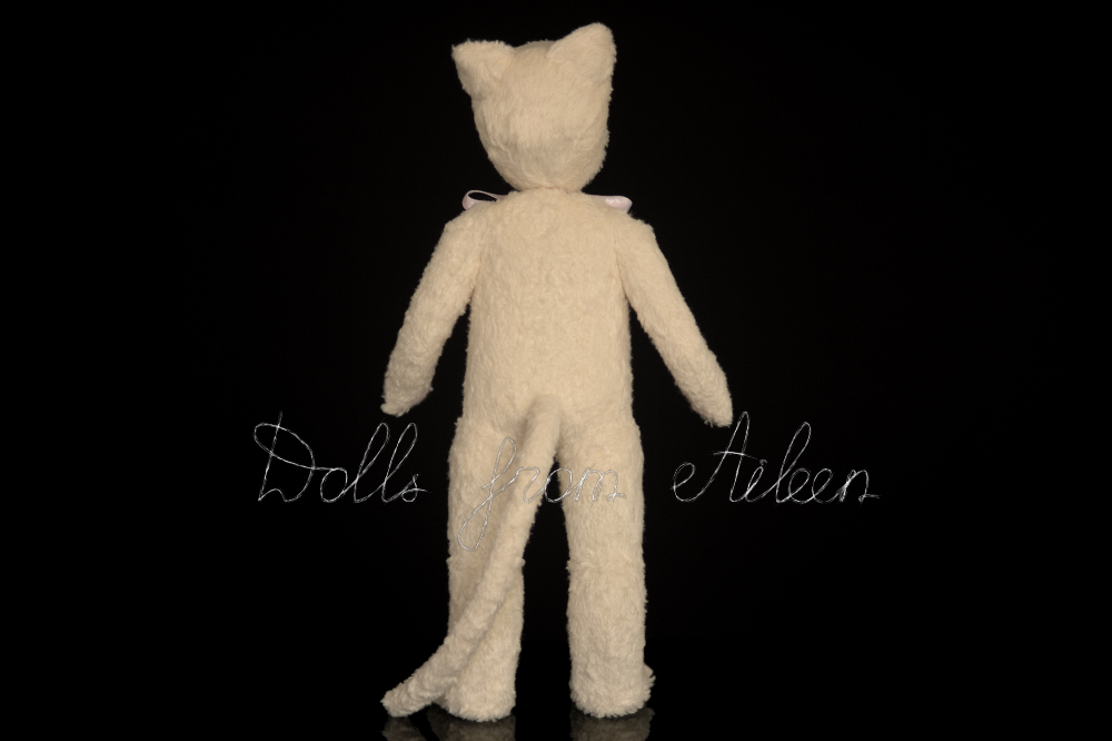 ooak artist teddy cat doll, view from back