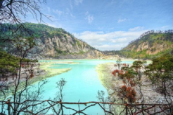 Tempat Wisata Indah Kawah Putih Ciwidey Bandung Area Pariwisata 2016